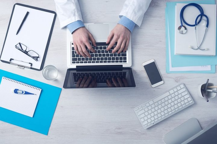 Helseundersøkelser og hørselskontroll